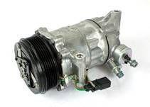 Kompresor klimatizace 6RF820803A